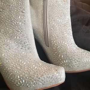 Dressy boots size 8